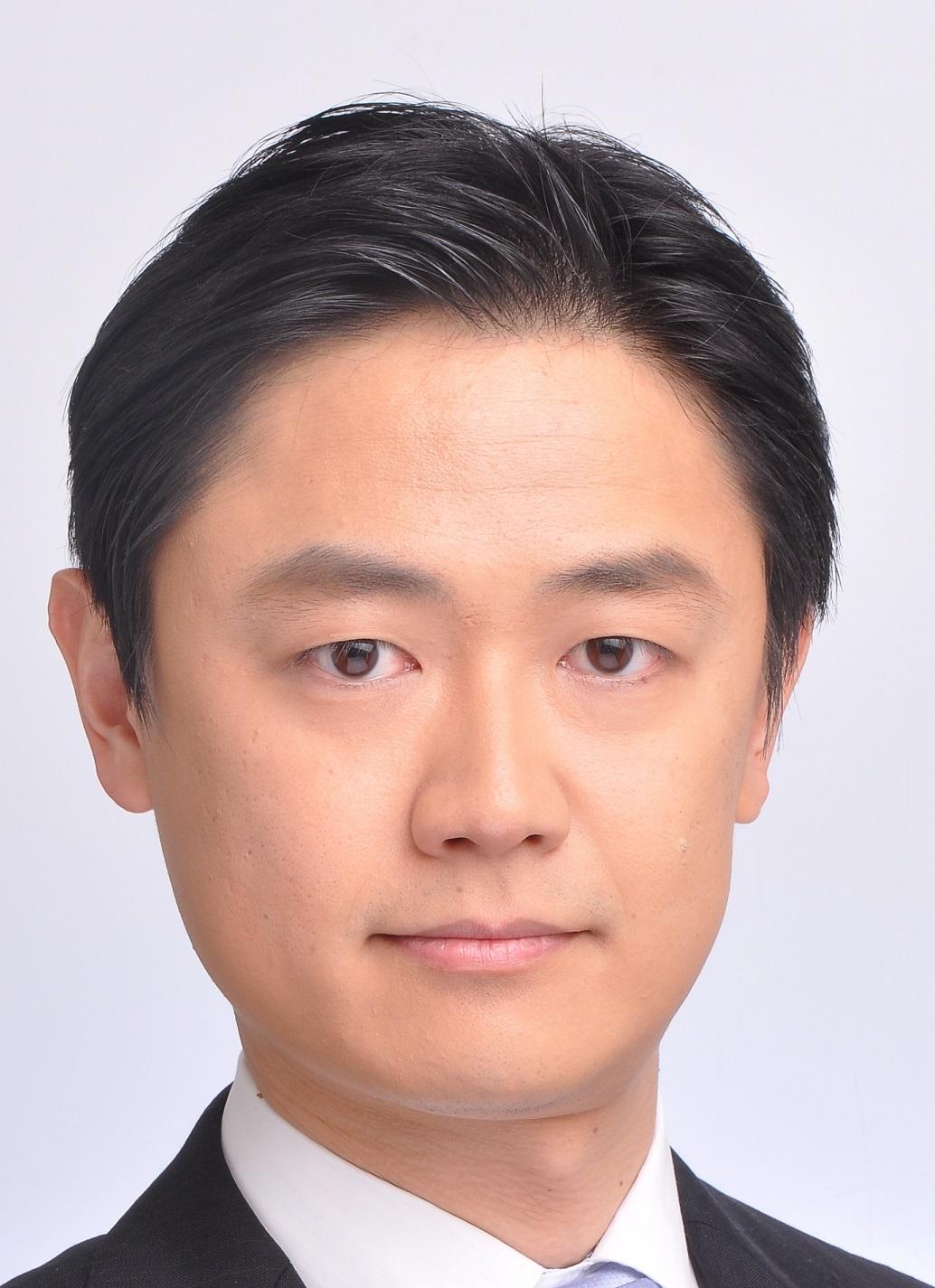 鈴木 基宏氏