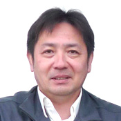 照井 勝也氏