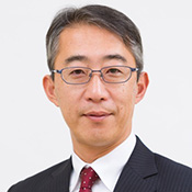 菊地 唯夫氏